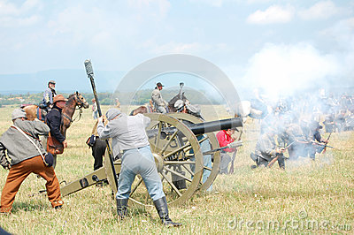 Confederate cannon attack Editorial Photography