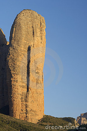 Conglomerate spire