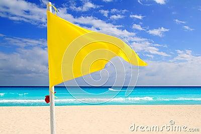 Conselho do vento do tempo da bandeira amarela da praia