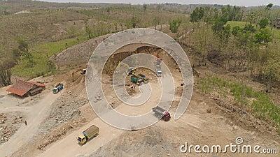 Construção na zona montanhosa video estoque