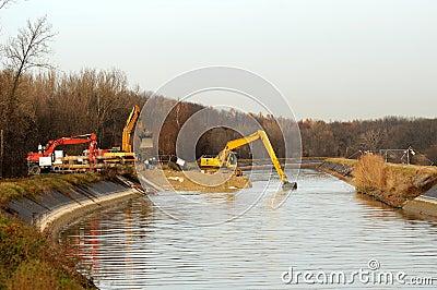 Construction 122
