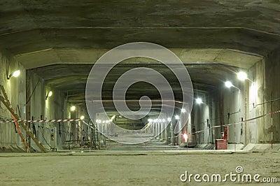 Construction of underground tunnel