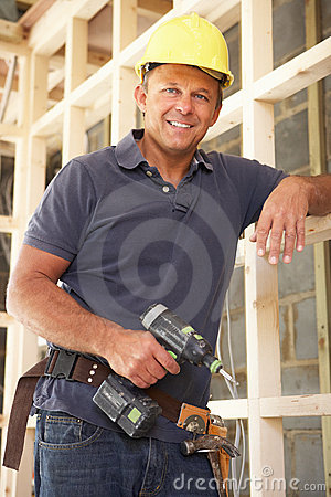 Free Construction Worker Building Timber Frame Royalty Free Stock Image - 16295136