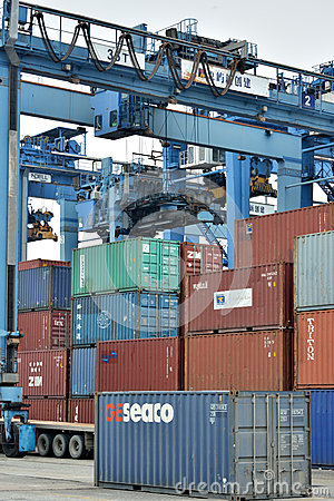 Container goods yard operation, Xiamen, China Editorial Stock Image
