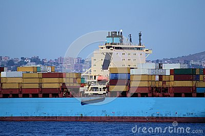 Containers transport, starboard side