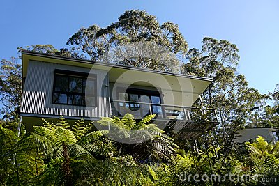 Australia: modern house in bush