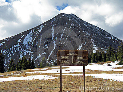 Continental Divide sign (USA)