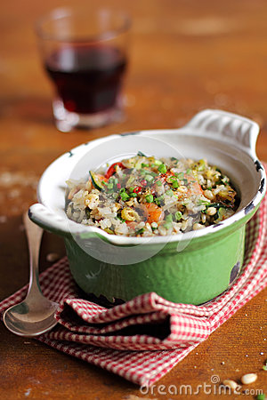 Free Cooked Brown Rice With Celery, Tomatoes And Shrimps Royalty Free Stock Photography - 28620647