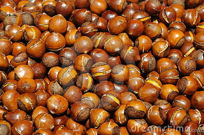 Cooked chestnuts pile