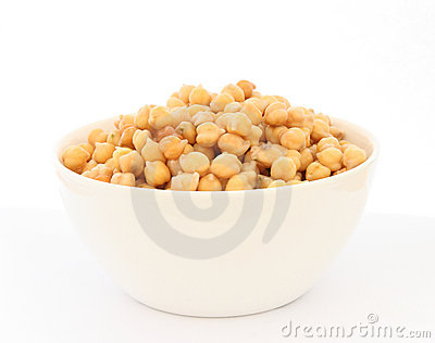Cooked chickpea in white bowl detail