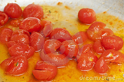 Cooked red cherry tomatoe
