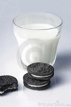 Free Cookies And Milk Stock Image - 2959921