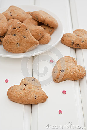 Free Cookies In The Shape Of A Heart On The Table Stock Photo - 28314860