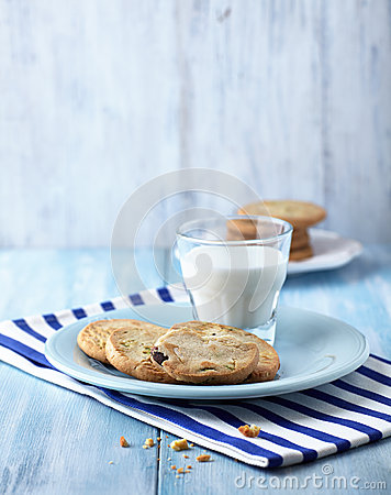 Cookies with pistachios and a glass of milk