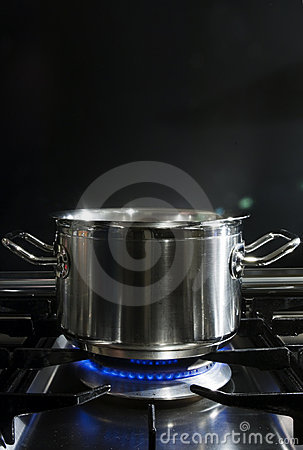 Free Cooking On Gaz Royalty Free Stock Photography - 2417007