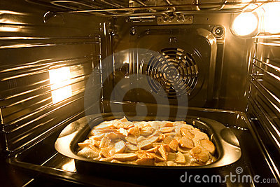 Cooking a pie in modern oven