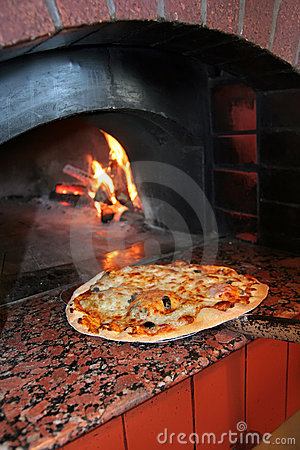 Free Cooking Pizza Stock Photos - 8902043