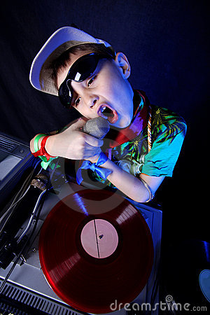 Cool kid DJ