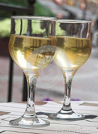 Cool white wine for a supper
