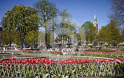 Copenhaghen danimarca giardini di tivoli fontane e bei - Giardini con fontane ...