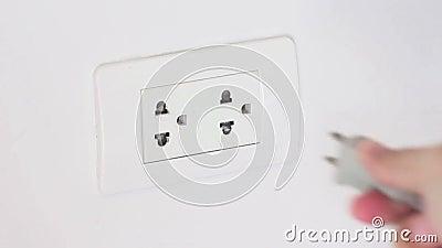 Corde de débranchement du débouché pour économiser l'énergie électrique clips vidéos