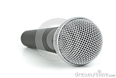 Cordless dynamic microphone