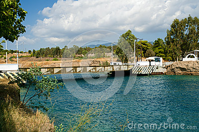 The Corinth Canal submersible bridge