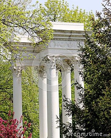 Corinthian Column Monument