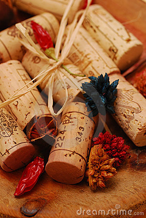 Free Corks And Golden Plate Royalty Free Stock Photo - 4287135