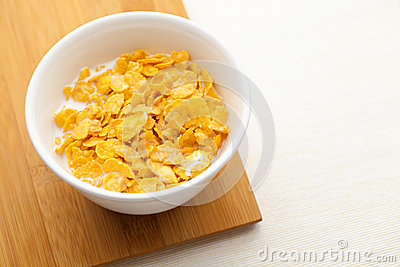 Corn flake in bowl