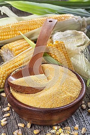 Free Corn Grits Polenta Royalty Free Stock Image - 43393626