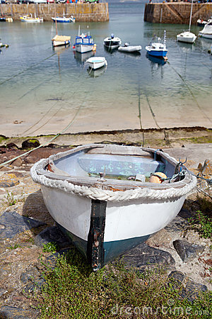 Cornwall boats harbor Mousehole fishing villlage