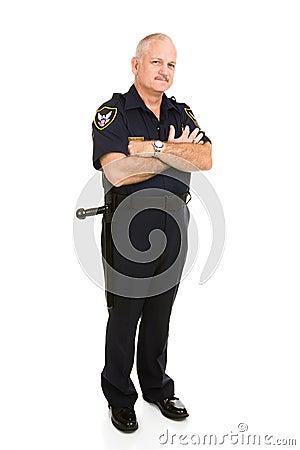 Corpo cheio do oficial de polícia