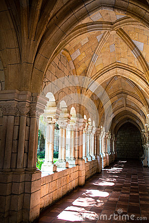 Free Corridor In A Monastery. Royalty Free Stock Images - 33199839