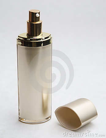 Cosmetic cream bottle and lid