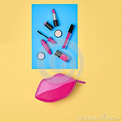 Free Cosmetic Minimal Makeup Set. Beauty Essentials. Royalty Free Stock Images - 115653889