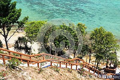 Costa da praia de Tailândia de Andaman