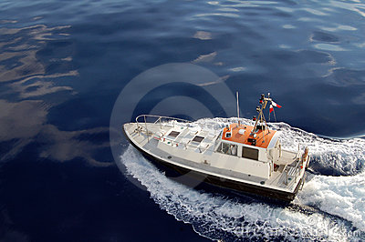 Costline pilot patrol boat
