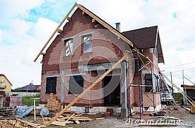 Costruzione del tetto e nuova camera ceramica dei mattoni for Stili tetto tetto