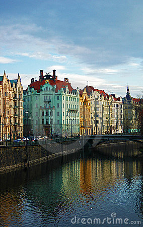 Costruzioni variopinte di Praga