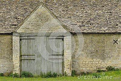 Cotswold Stone Tythe Barn