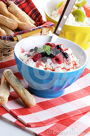 Cottage cheese in blue bowl