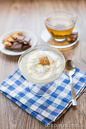 Cottage cheese with honey