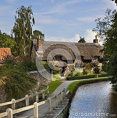 Cottage del paese - villaggio del Yorkshire - il Regno Unito