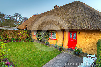 Cottage house in Adare