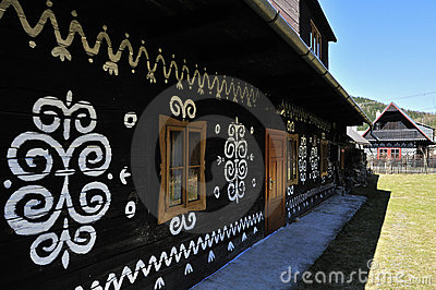 Cottage piega verniciato
