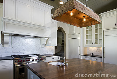 Cottage style home white kitchen