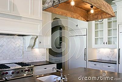 Cottage style white kitchen