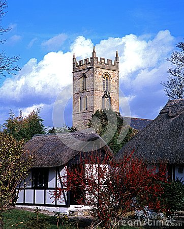 Cottages and church, Welford-on-Avon, England.