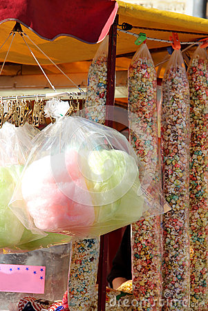 Cotton candy and sweet popcorn